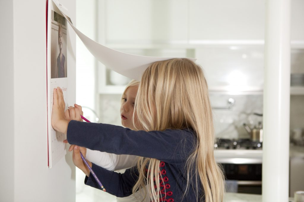 5 Simple Steps to Create a Photo Wall Calendar