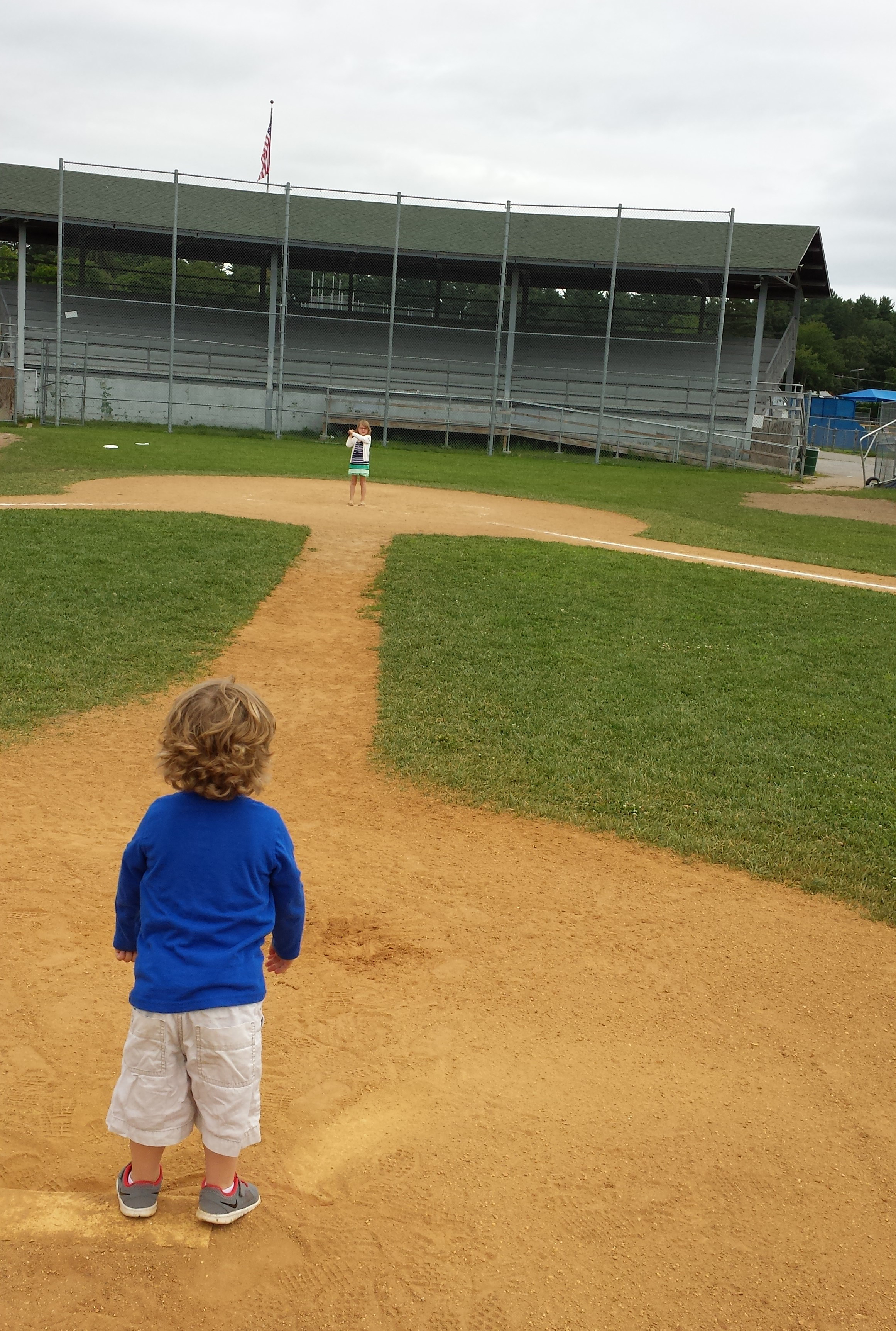 How to have an adventure day with Dad: Play imaginary Baseball!
