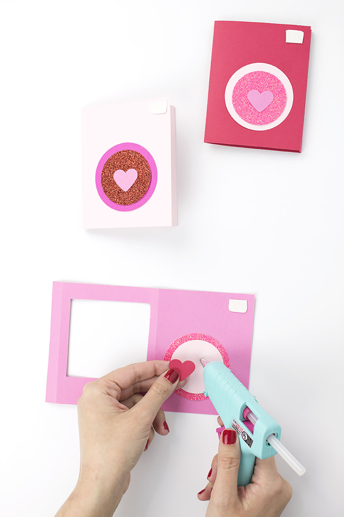 Valentines-Day-Polaroid-Photo-Card-Glueing