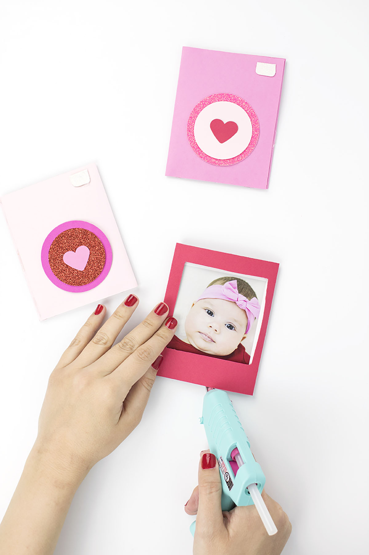 Polaroid-Photo-Magnet-DIY-Valentines-Glueing